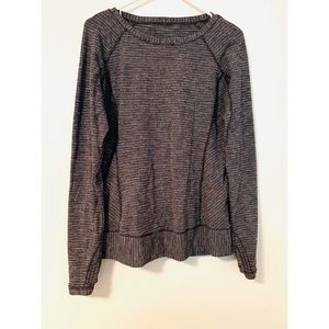 Lululemon long sleeve shirt size 10